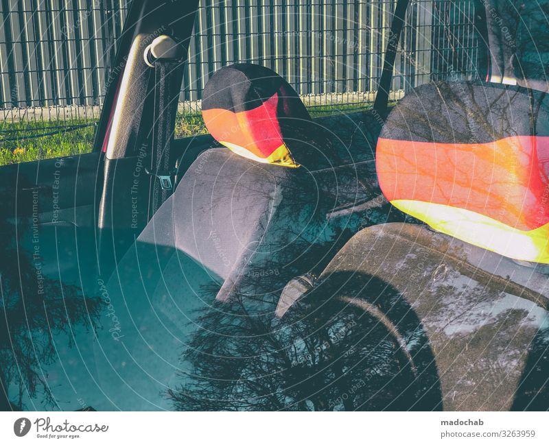 Deutsche Kopfstützen Verkehr Verkehrsmittel Personenverkehr Autofahren Fahrzeug PKW Kitsch Krimskrams loyal Gastfreundschaft Menschlichkeit Solidarität