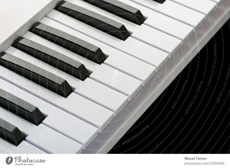 Schwarze und weiße Tasten einer Musiktastatur Stil harmonisch Freizeit & Hobby Spielen Entertainment Technik & Technologie Kunst Konzert Musiker Klavier schwarz