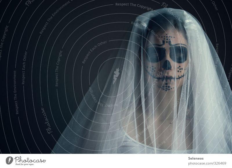 . Schminke Karneval Halloween Mensch feminin Frau Erwachsene 1 Rockabilly Schleier dunkel Gefühle Traurigkeit Trauer Tod Schmerz Enttäuschung Einsamkeit