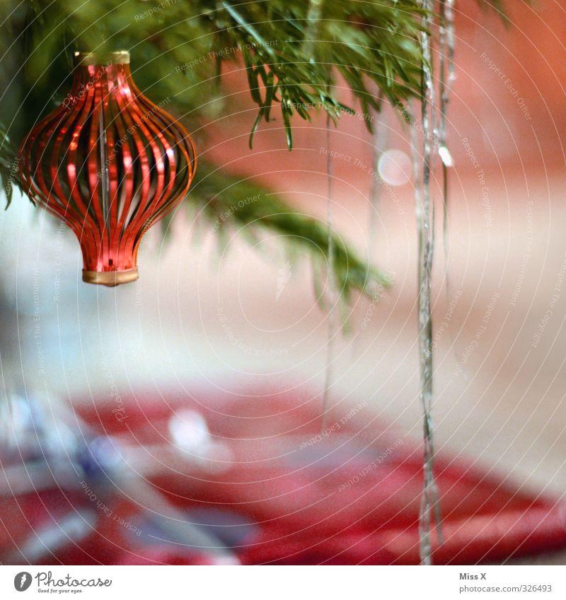 Weihnachtsdeko Weihnachten & Advent hängen glänzend Weihnachtsbaum Weihnachtsdekoration Weihnachtsbeleuchtung Lametta Christbaumkugel Baumschmuck Tannenzweig
