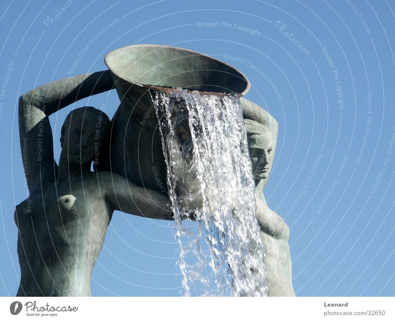 Springbrunnen 2 Frau Wasser Brunnen Handwerk Skulptur Wasserfall Springbrunnen