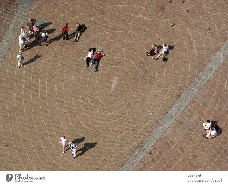 Schatten3 Mensch Kind Bewegung Menschengruppe Vogel Boden Ecke Etage Taube