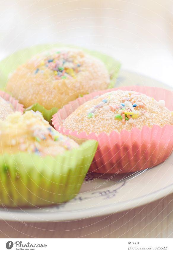 Muffins Lebensmittel Teigwaren Backwaren Kuchen Dessert Süßwaren Ernährung Frühstück Kaffeetrinken Teller Feste & Feiern Valentinstag Muttertag Geburtstag klein