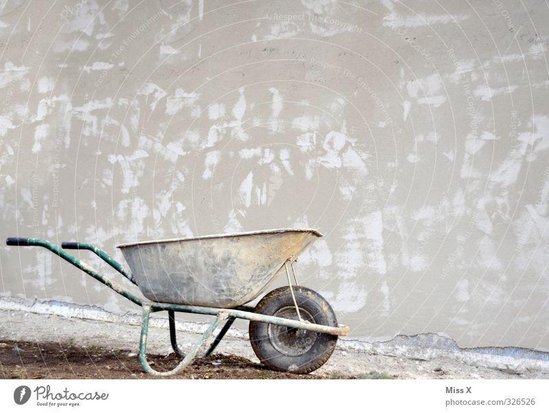 Schub Wand Mauer Arbeit & Erwerbstätigkeit Wohnung Häusliches Leben Beton Baustelle Umzug (Wohnungswechsel) Putz bauen Renovieren Hausbau Schubkarre Wirtschaftswachstum
