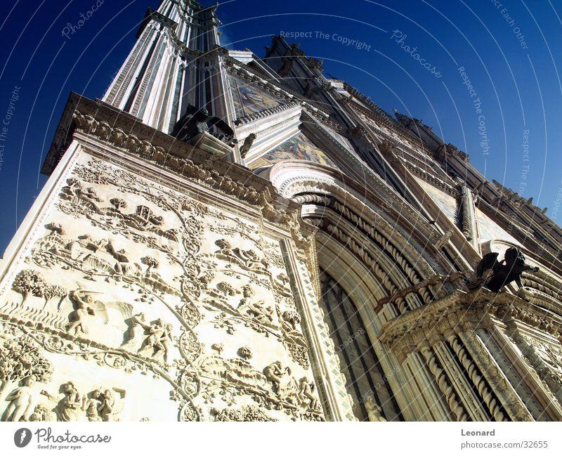 Fassade Skulptur Mosaik Säulenkapitell Erleichterung Religion & Glaube Bibel Europa Italien Gotteshäuser Frontseite Kathedrale Spalte Bogen Himmel