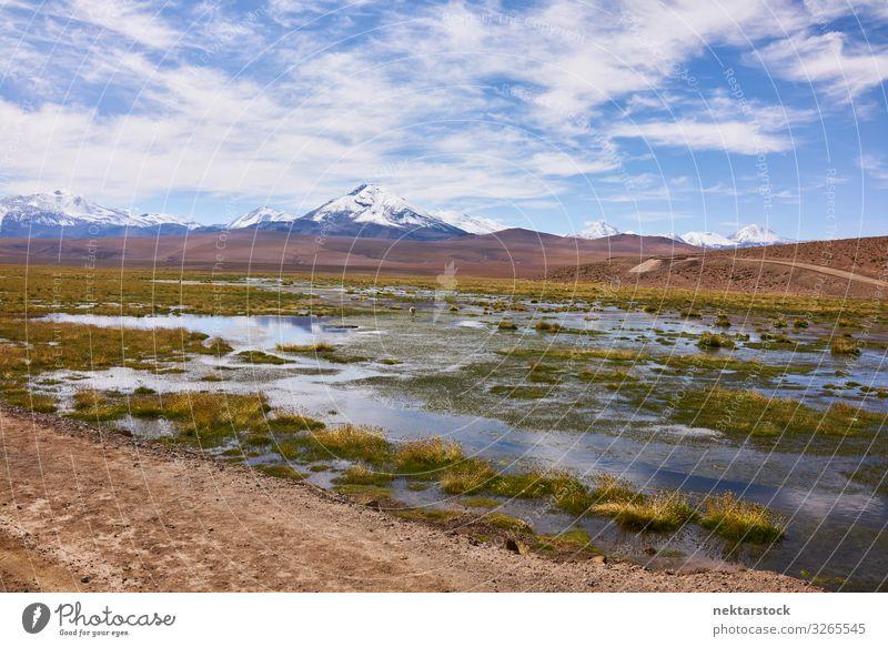 Atacama-Landschaft mit den Anden Natur Himmel Wolken Horizont Gipfel Abenteuer Andengebirge Atacamawüste Geologie Gelände Wasser Panorama Südamerika Nachmittag