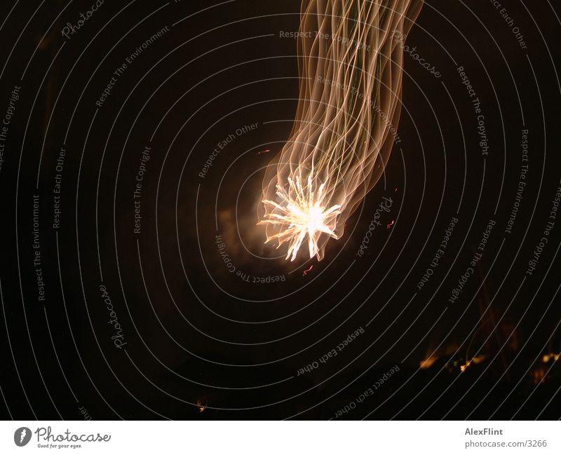 feuerwerk Club Lichtmalerei Feuerwerk Nachtaufnahme Stern (Symbol) dunkel Lichterscheinung