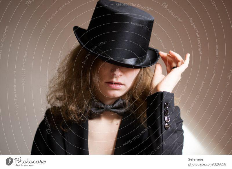 gut behütet Körper Haare & Frisuren Haut Gesicht Mensch feminin Frau Erwachsene Kopf Nase Mund Lippen 1 18-30 Jahre Jugendliche Mode Bekleidung Jacke Stoff