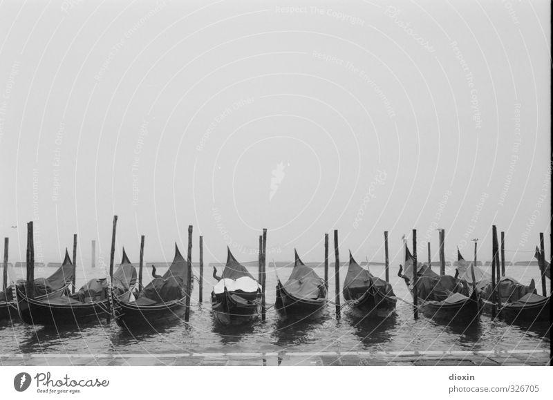 Analogue Venice [3] Himmel Ferien & Urlaub & Reisen Stadt Wasser Meer Ferne Winter kalt Küste Regen Tourismus Nebel Verkehr Europa nass Italien
