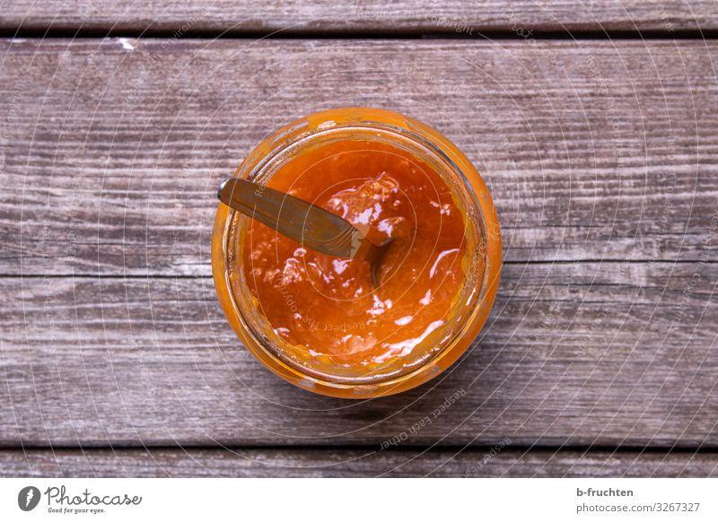 Fruchaufstrich Lebensmittel Frucht Marmelade Ernährung Frühstück Picknick Bioprodukte Vegetarische Ernährung Glas Löffel Gesunde Ernährung Verpackung Holz