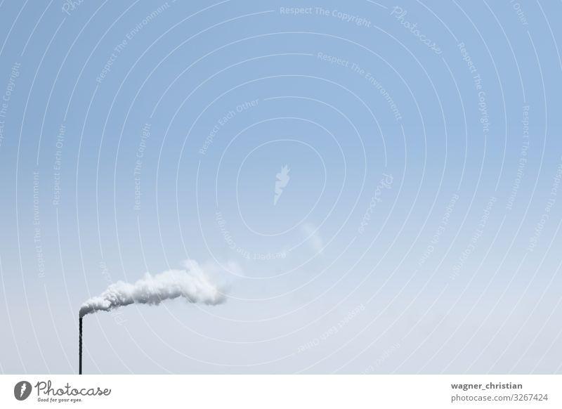 Factory Chimney with smoke Energiewirtschaft Industrie Klimawandel Zukunftsangst klima Schadstoff CO2-Ausstoß Kohlendioxid Fabrik Stromkraftwerke Schornstein
