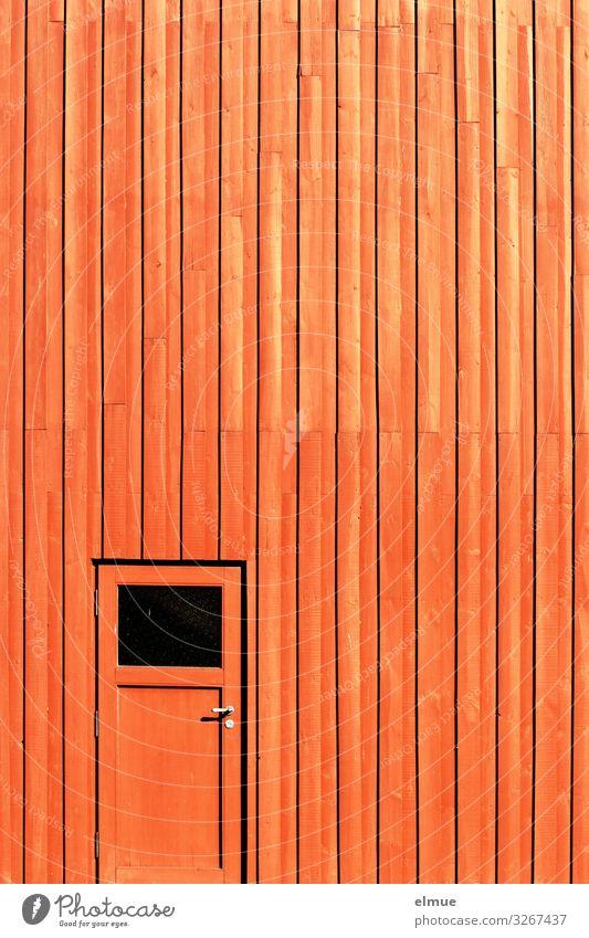 Ausgang Mauer Wand Fassade Tür einfach hell trendy verrückt orange Sicherheit Schutz Neugier Design Farbe Idee Inspiration kaufen Ferne Überraschung Eingang