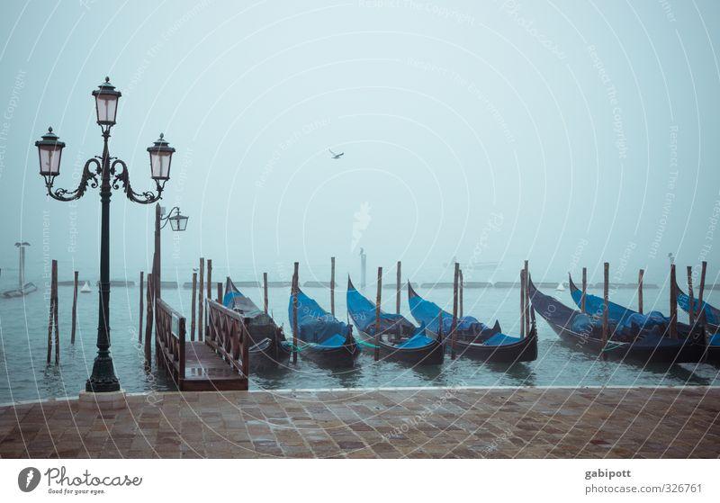 Venedig | Thementag Ferien & Urlaub & Reisen blau Stadt Erholung Wege & Pfade Wasserfahrzeug Regen Nebel Tourismus Kultur Italien Güterverkehr & Logistik