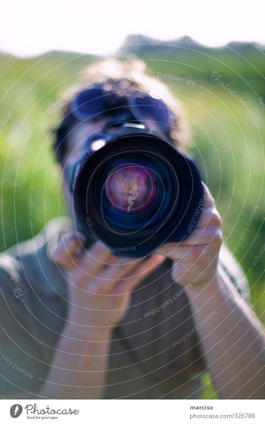 Paparazzo Fotografie Fotokamera Objektiv beobachten nah Kreativität Kultur Kunst Perspektive Farbfoto Außenaufnahme Tag Silhouette Reflexion & Spiegelung