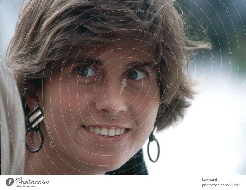 Blick Frau Mensch Gesicht lachen Ohrringe