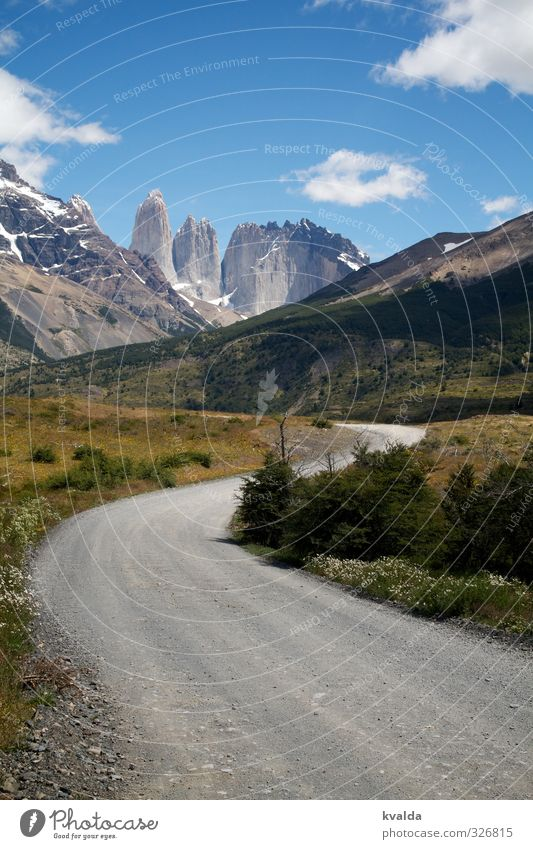 Patagonien / Torres des Paine Himmel Natur Ferien & Urlaub & Reisen blau schön Sommer Landschaft Wolken Umwelt Berge u. Gebirge Reisefotografie grau wandern