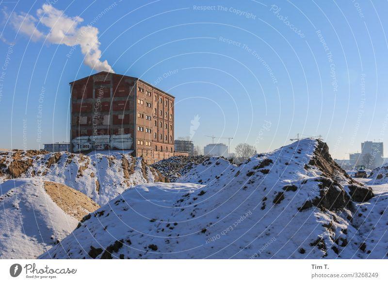 Berlin Moabit Stadt Hauptstadt Stadtzentrum Altstadt Skyline Menschenleer Haus Bauwerk Gebäude Architektur kalt Wandel & Veränderung Zukunft Winter Baustelle