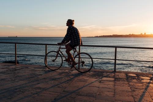 radeln Lifestyle Gesundheit sportlich Ferien & Urlaub & Reisen Ausflug Ferne Freiheit Fahrradtour Sommer Sommerurlaub Sport Fahrradfahren Mensch Junger Mann