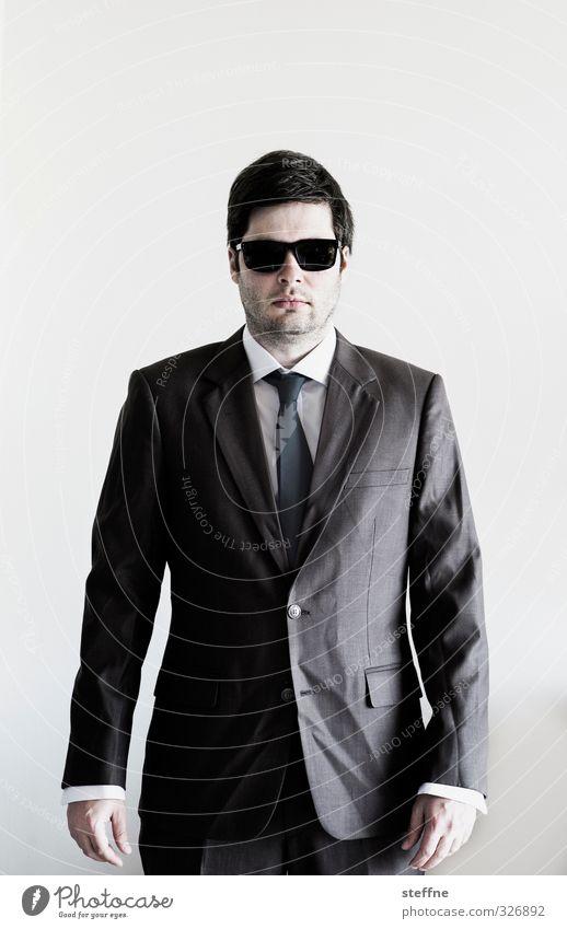 Businesskasper Mensch maskulin Erfolg gefährlich Coolness Falte Anzug Sonnenbrille Hochmut Geschäftsmann Mafia