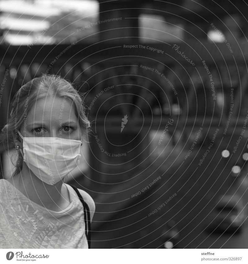 Protect Yourself! feminin Junge Frau Jugendliche 1 Mensch 18-30 Jahre Erwachsene Umwelt Bangkok Thailand Südostasien Asien Stadt Hauptstadt Stadtzentrum