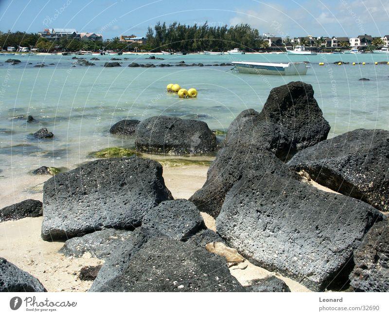 Strand Wasser Himmel Baum Meer Haus Wolken Sand Wasserfahrzeug Felsen Boje