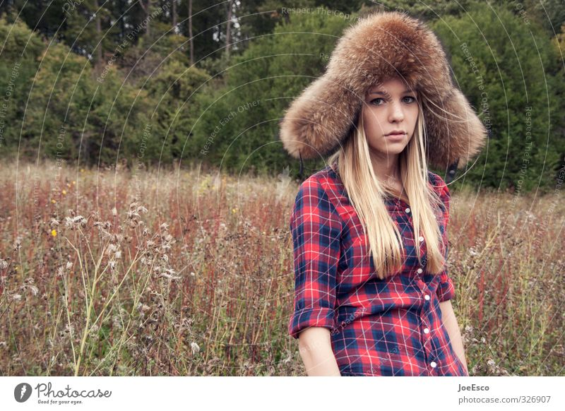 #326907 Mensch Jugendliche Ferien & Urlaub & Reisen schön Pflanze Erholung Junge Frau Ferne Wald kalt Leben Gefühle Freiheit Stil Mode träumen