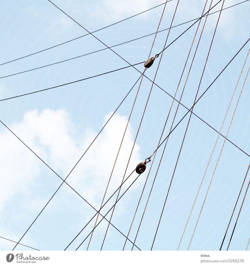 Seilschaften (III) Himmel Wolken Schönes Wetter Schifffahrt Segelboot Segelschiff An Bord Linie Netzwerk ästhetisch Erfahrung Genauigkeit Hilfsbereitschaft