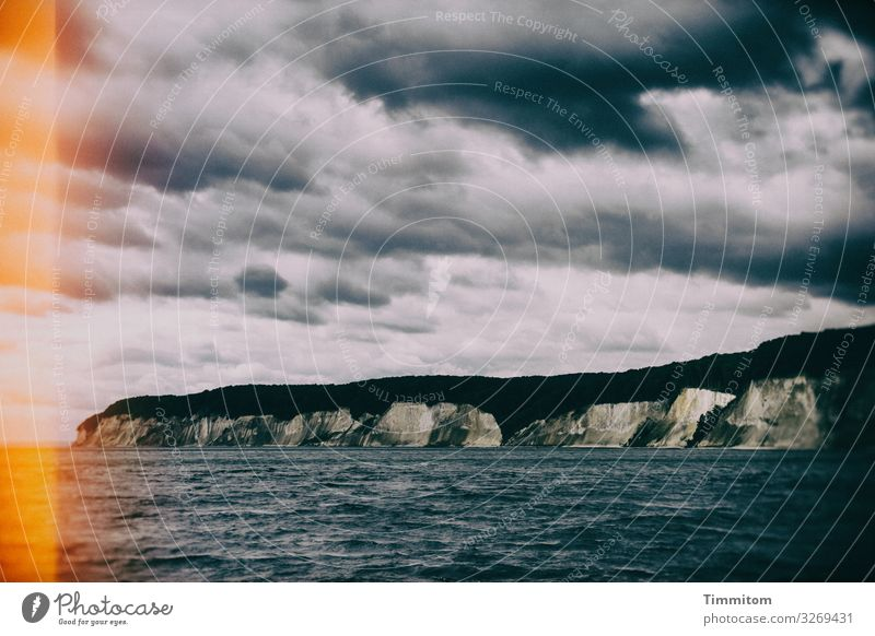 Insel Rügen (2) Ferien & Urlaub & Reisen Umwelt Natur Landschaft Urelemente Wasser Himmel Wolken Wetter Ostsee dunkel natürlich blau grau schwarz Gefühle
