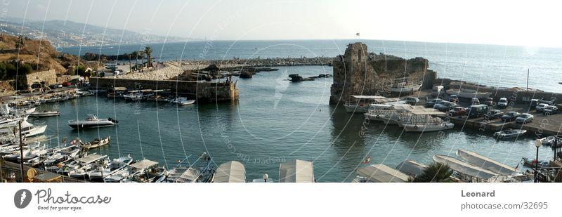 Byblos Hafen Wasser Sonne Meer PKW Wasserfahrzeug groß historisch Burg oder Schloss Panorama (Bildformat) Portwein Defensive Libanon