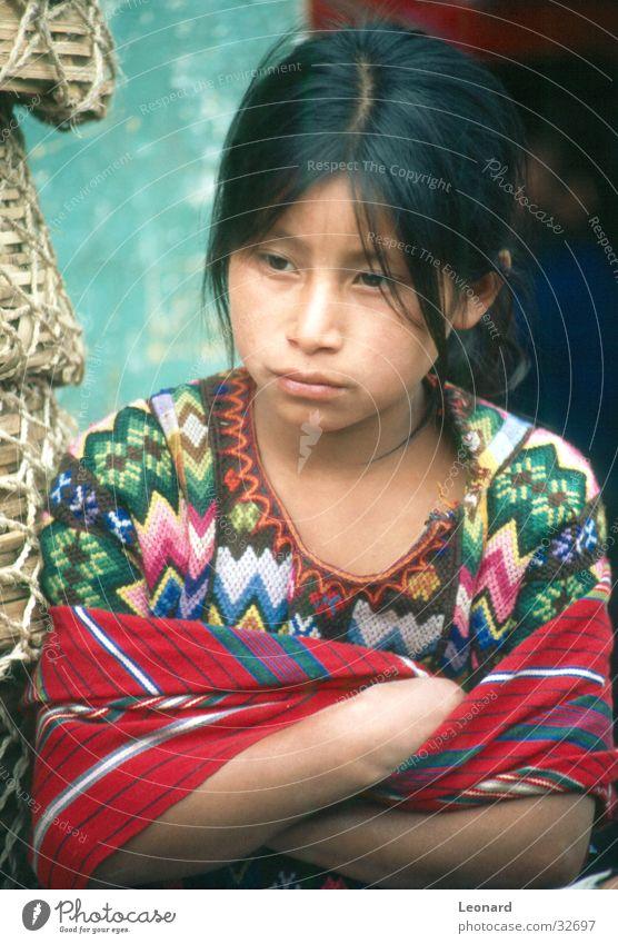 Würde Frau Mensch Kind Mädchen Farbe Stil Südamerika Mittelamerika Guatemala Maya