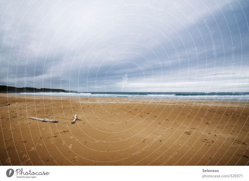 Strandklischee Himmel Natur Ferien & Urlaub & Reisen Sommer Meer Einsamkeit Erholung Landschaft Wolken Strand Ferne Umwelt Gefühle Küste Freiheit Sand