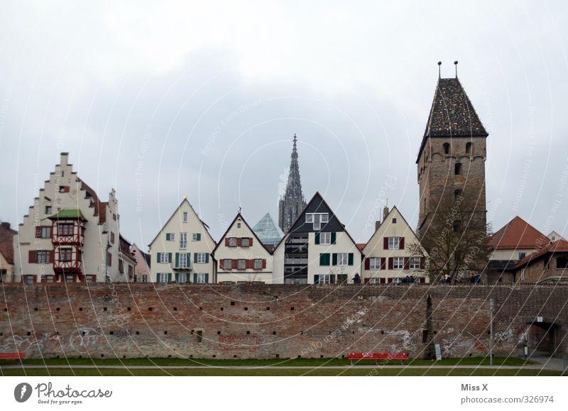 ich vermiss dich so sehr Stadt Stadtzentrum Altstadt Kirche Dom Mauer Wand Fassade Sehenswürdigkeit Wahrzeichen Denkmal historisch Ulm Ulmer Münster Turm