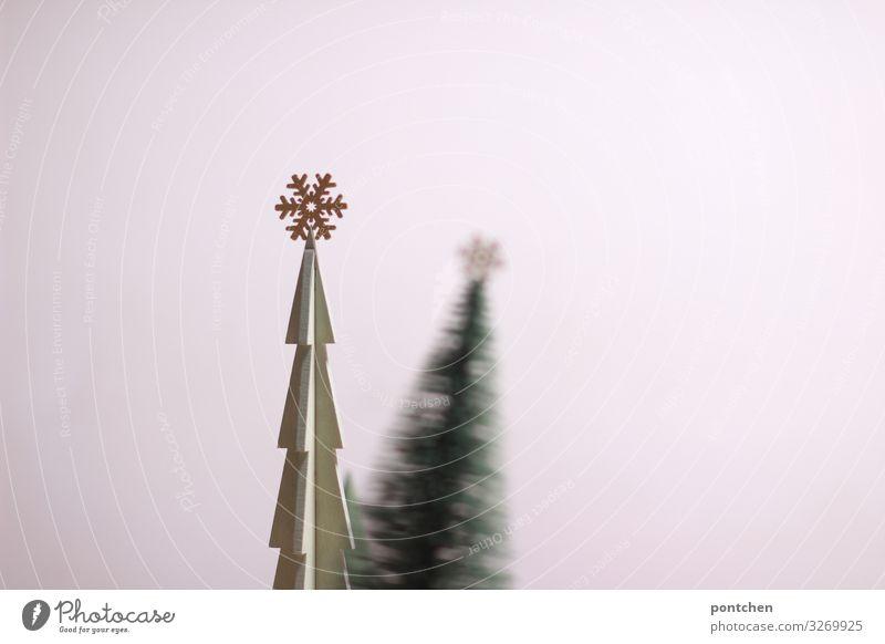 Weihnachtsdekoration Weihnachtsbäume  aus Holz Feste & Feiern Weihnachten & Advent Spielzeug Dekoration & Verzierung Kitsch Krimskrams Zeichen glänzend gold