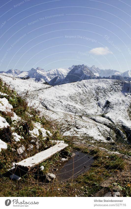 Sit down, enjoy! Himmel Natur Ferien & Urlaub & Reisen Pflanze Einsamkeit Landschaft ruhig Wolken Umwelt kalt Berge u. Gebirge Schnee Herbst Gras Wege & Pfade