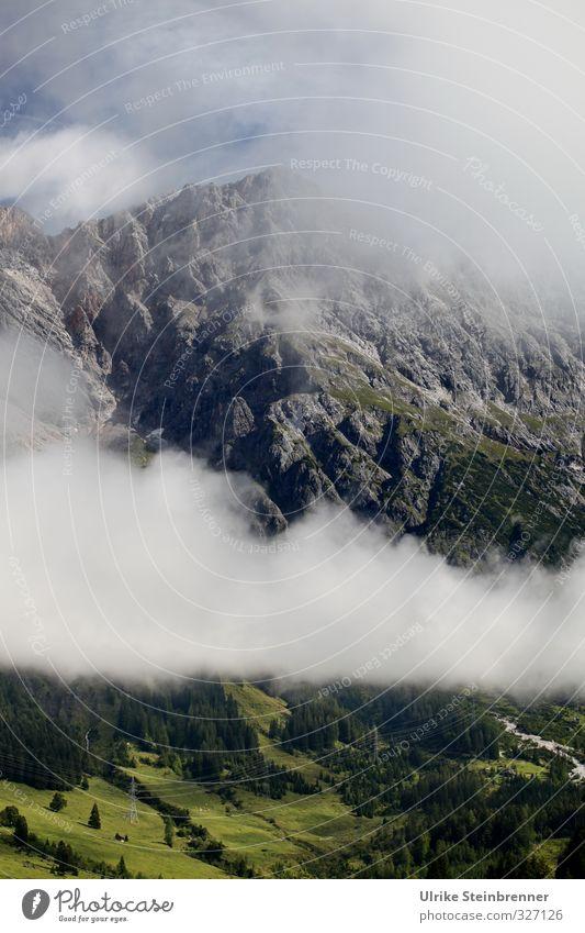 Durchziehendes Tief Natur Ferien & Urlaub & Reisen Sommer Pflanze Baum Landschaft Wolken Umwelt Berge u. Gebirge Gras Felsen Wetter Nebel Tourismus wandern