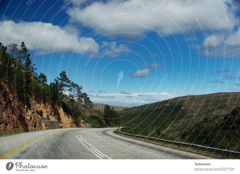 Roadtrip Ferien & Urlaub & Reisen Tourismus Ausflug Ferne Freiheit Sommer Sonne Berge u. Gebirge Natur Landschaft Himmel Wolken Hügel Verkehr Verkehrswege