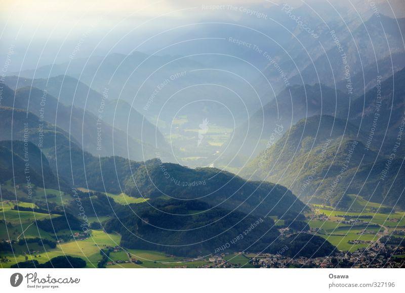 Morgendämmerung Natur blau grün Sommer Landschaft ruhig Wald Berge u. Gebirge Wiese Alpen Hügel Dunst Landleben Nebelschleier