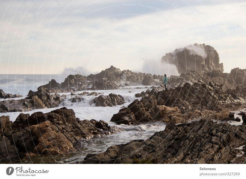 nimm mich mit Mensch Frau Himmel Natur Ferien & Urlaub & Reisen Wasser Sommer Meer Einsamkeit Landschaft Wolken Strand Ferne Erwachsene Umwelt feminin