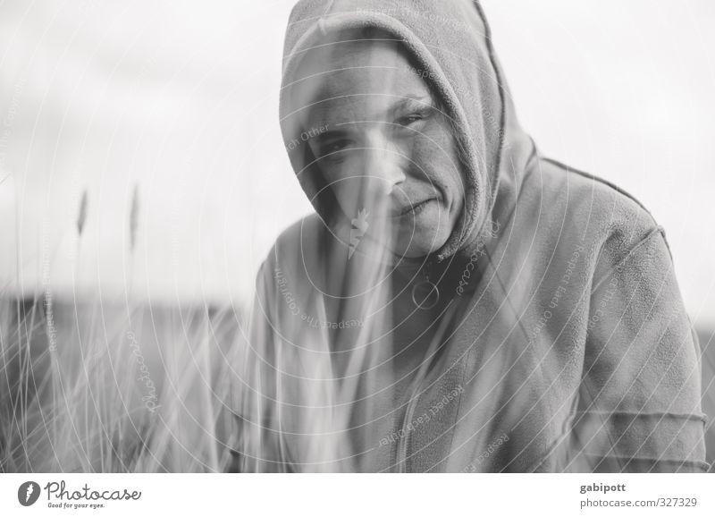 Rømø | wichtelmai 2 Mensch Jugendliche Ferien & Urlaub & Reisen Landschaft Junge Frau Erwachsene Wiese Leben feminin Gefühle Gras Sträucher Lebensfreude Nordsee