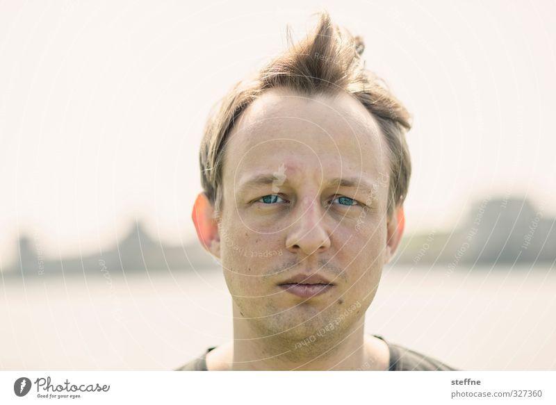 Geburtstagskind Mensch Jugendliche Mann 18-30 Jahre Erwachsene Kopf maskulin authentisch 30-45 Jahre