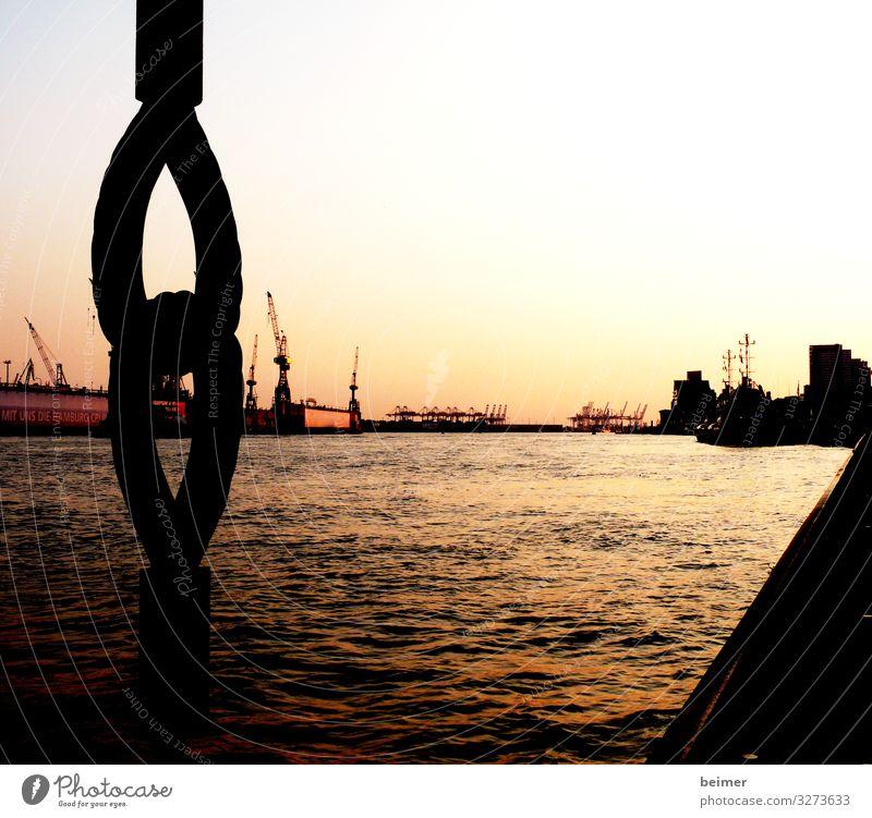 Meine Perle Wasser Wolkenloser Himmel Sonnenaufgang Sonnenuntergang Hamburger Hafen Hafenstadt Menschenleer Sehenswürdigkeit Stahl Kitsch gold orange schwarz