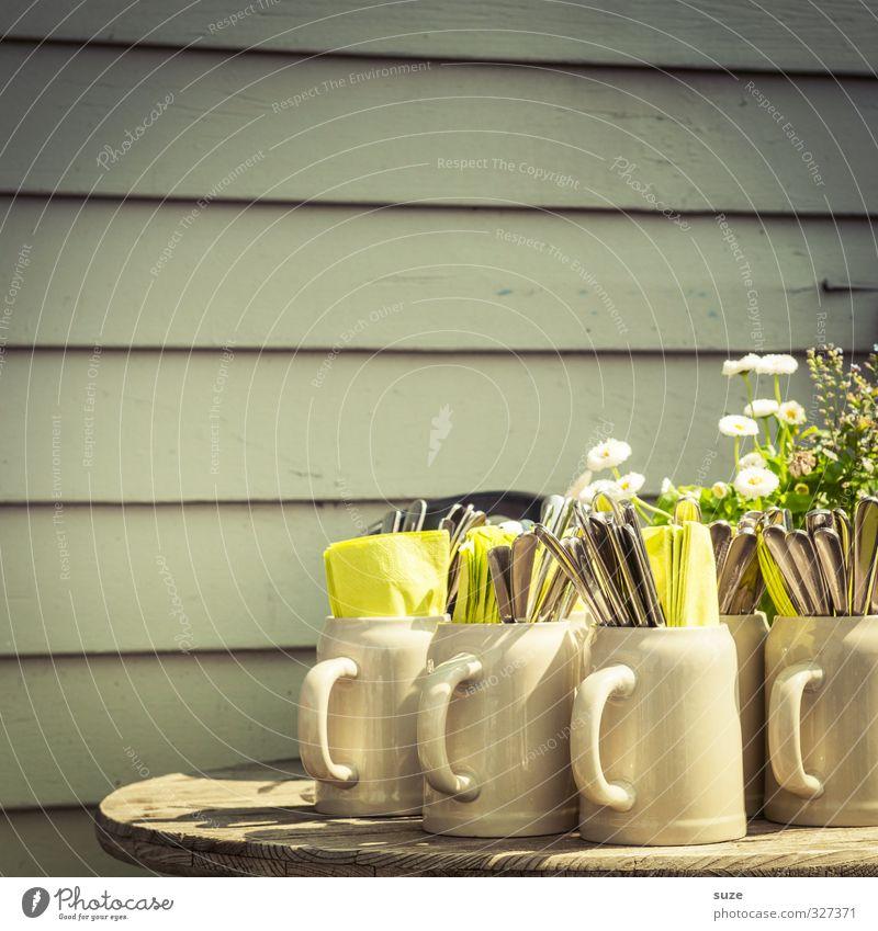 Biergartenset Pflanze schön Umwelt Blüte Frühling Lifestyle Freizeit & Hobby Lebensfreude Freundlichkeit Gastronomie Veranstaltung Tradition Holzbrett Geschirr