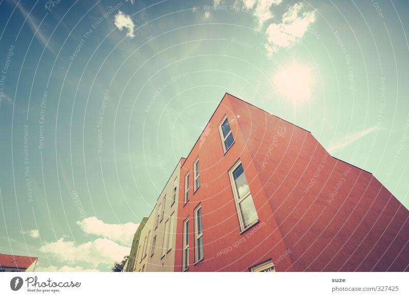 Bauklotz Himmel blau Stadt Sonne rot Wolken Haus Umwelt Fenster Architektur Gebäude Stil außergewöhnlich Fassade Klima Energiewirtschaft