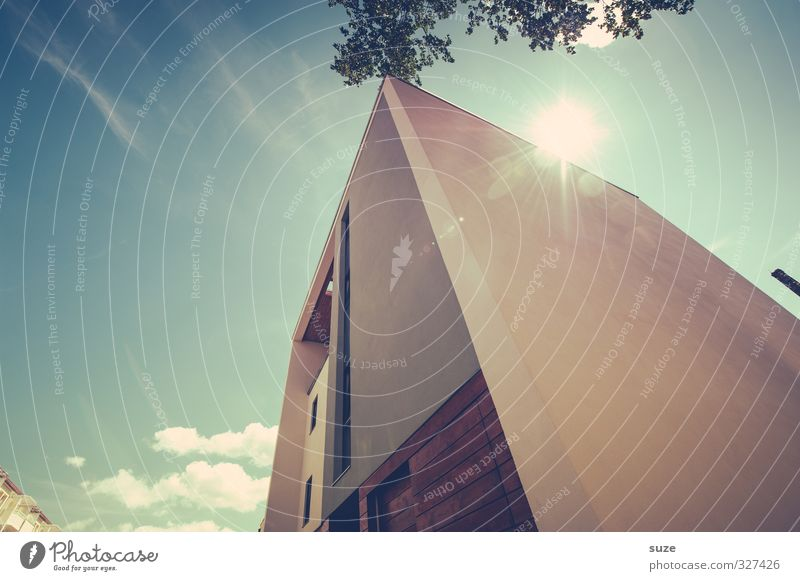 Blockhaus Lifestyle Stil Design Sonne Häusliches Leben Haus Energiewirtschaft Sonnenenergie Umwelt Himmel Wolken Klima Schönes Wetter Stadt Gebäude Architektur