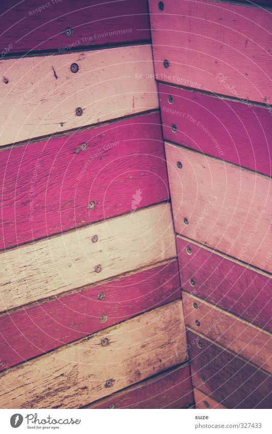Mädchenecke Lifestyle Design Dekoration & Verzierung Mauer Wand Fassade Holz Streifen trashig rosa Holzwand Holzbrett Hintergrundbild Ecke Farbfoto mehrfarbig