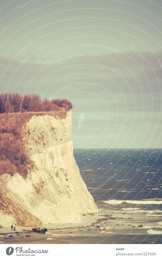 Kreidefelsen Meer Wellen Berge u. Gebirge Umwelt Natur Landschaft Urelemente Luft Wasser Himmel Klima Schönes Wetter Felsen Küste Ostsee kalt blau Klippe