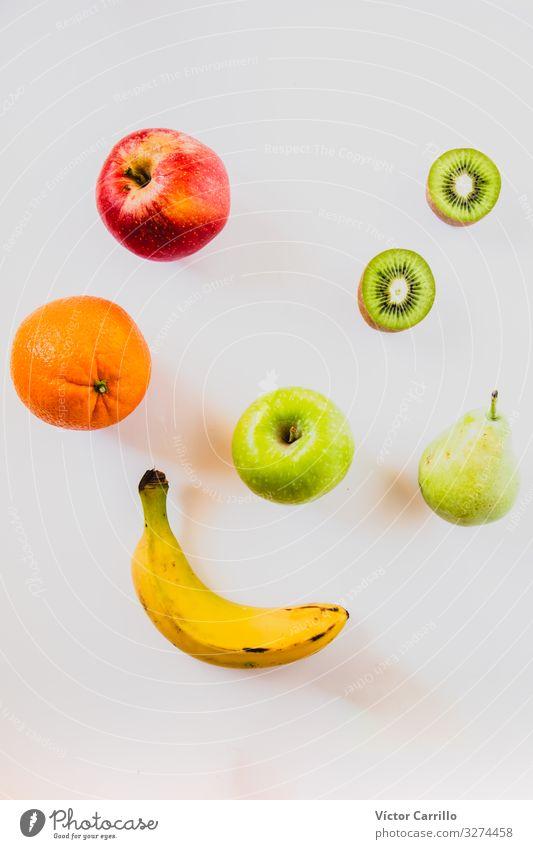 Stilleben frischer Früchte mit weißem Hintergrund Lebensmittel Frucht Apfel Orange Essen Frühstück Mittagessen Abendessen Vegetarische Ernährung Diät