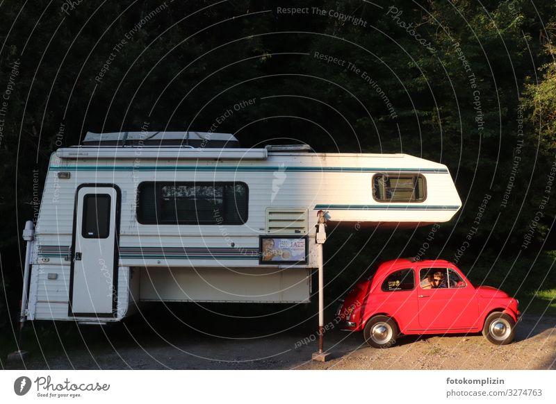 Doppel-Oldtimer Lifestyle Freude Freizeit & Hobby Ferien & Urlaub & Reisen Freiheit Camping Sommer Sommerurlaub Verkehr Autofahren Fahrzeug PKW Wohnmobil