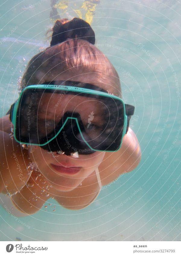 Unterwasser Selfie Sport tauchen Junge Frau Jugendliche Gesicht 1 Mensch Umwelt Natur Urelemente Luft Wasser Sommer Wellen Meer Taucherbrille atmen authentisch