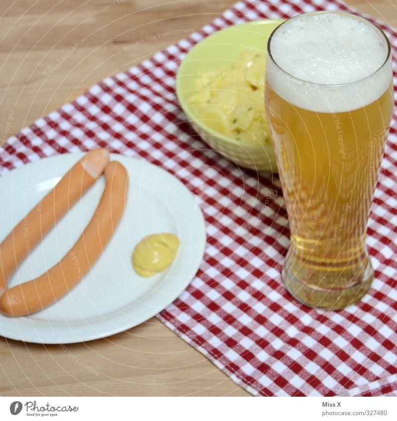 Bayern Feste & Feiern Lebensmittel Glas Ernährung Getränk Bier lecker Geschirr Alkohol Abendessen kariert Tischwäsche Oktoberfest Wurstwaren Laster